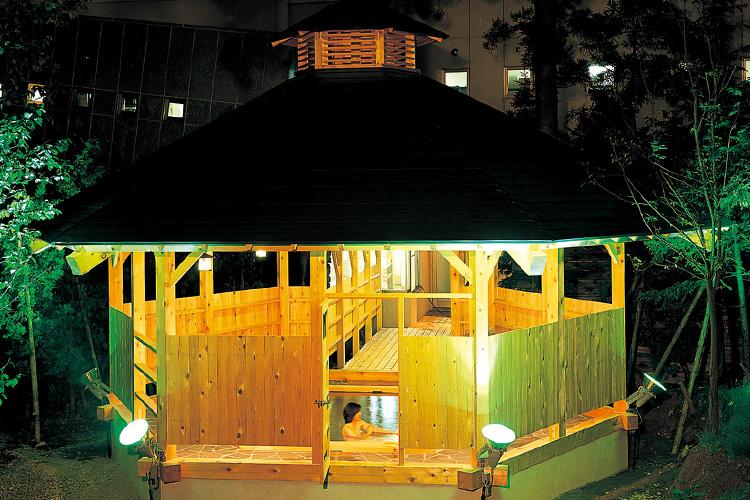 Rokkaku Open-air Bath
