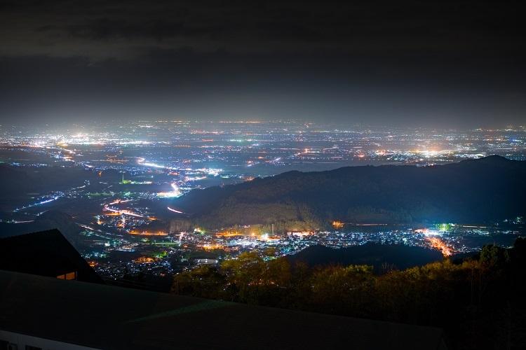 青森ワイナリーホテルの夜景