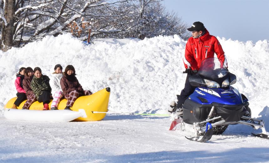 雪上バナナボート_02
